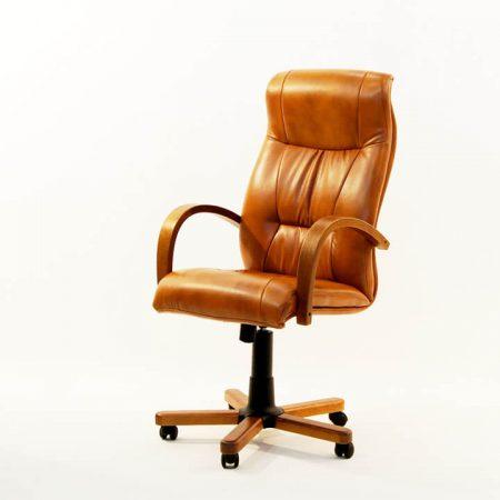 Кресло руководителя Афродита дерево